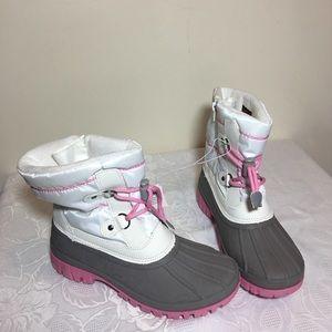 🔥SALE🔥 Cat & jack faux fur snow boots size 4
